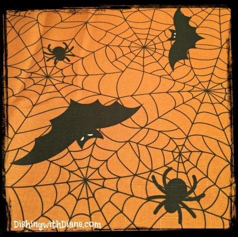 2015-10-26 09.11.14- HALLOWEEN TABLECLOTH