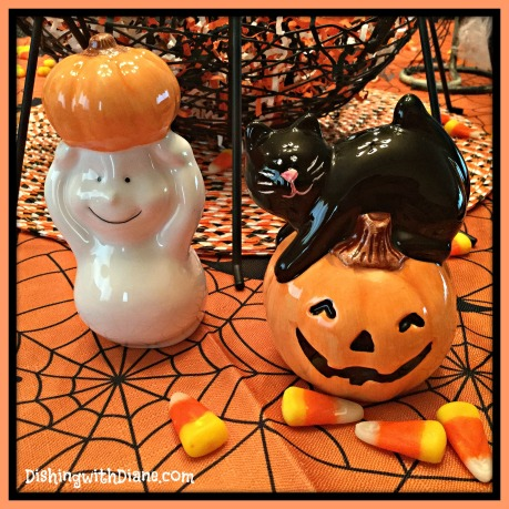 2015-10-26 11.47.46 -HALLOWEEN SALT AND PEPPER