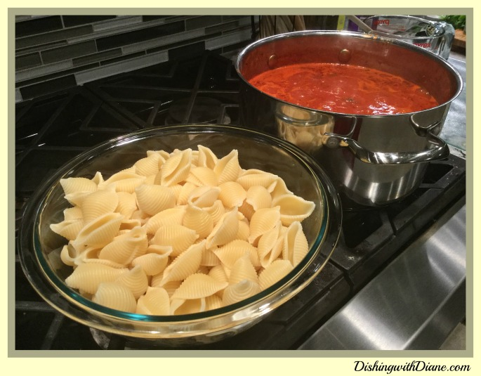2016-04-21 20.22.55- SHELLS WITH SAUCE