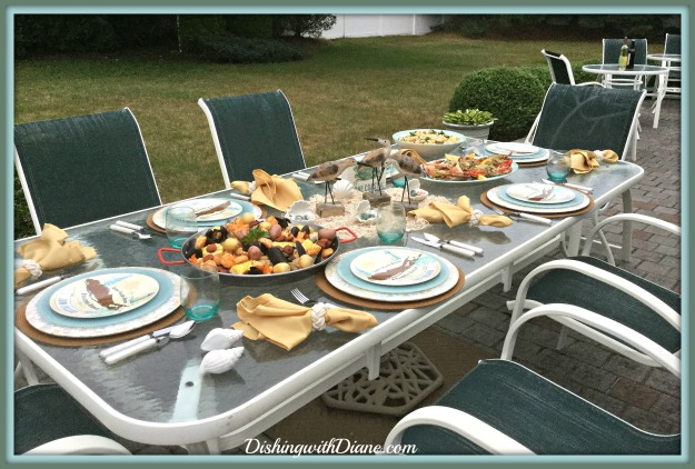 2016-07-04 19.49.51- FULL TABLE WITH FOOD
