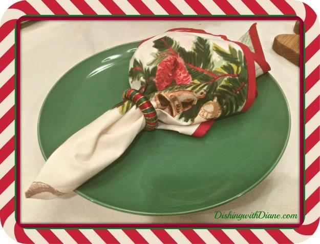 2016-12-26-22-41-10-napkins-use