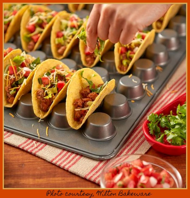 ff229ac352fa5e600d01032d66de9380 MUFFIN TACO HOLDER 2