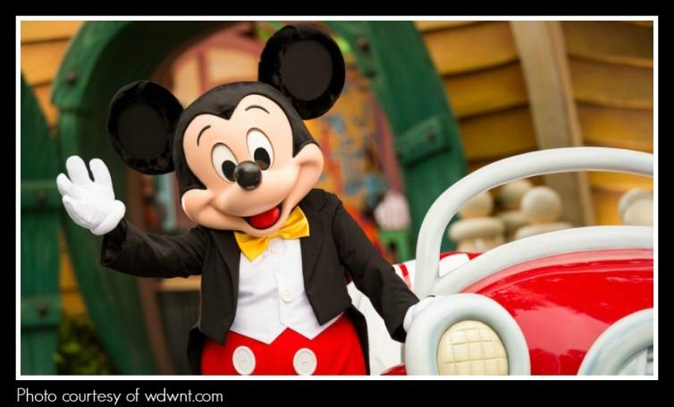 611125E5-0675-4BD1-A842-A7618B1DAA3B-990x556 mickey mouse 2 - BYE